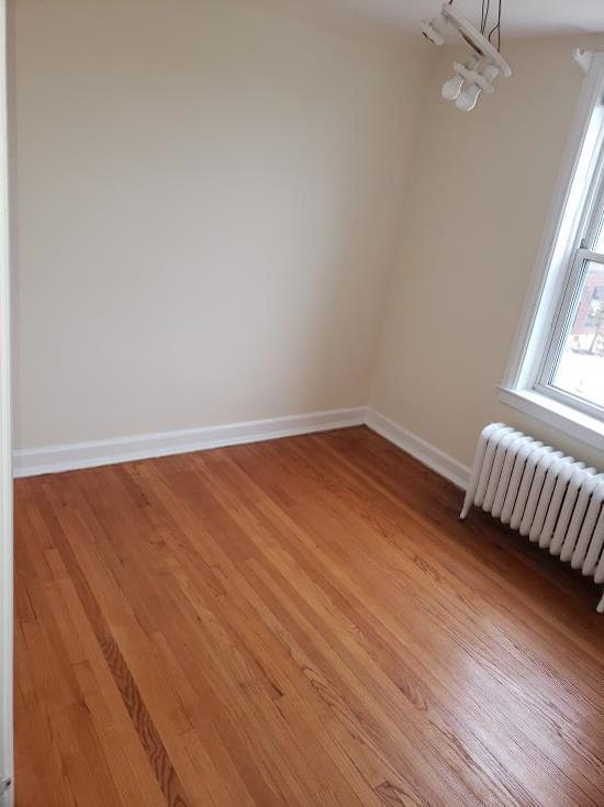 1 br hardwood floor