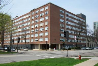 1500 Chicago exterior