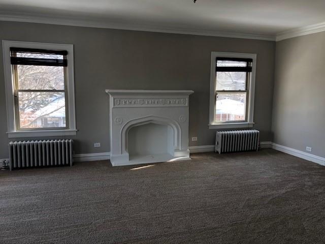 620 Barton 2N Living Room 2